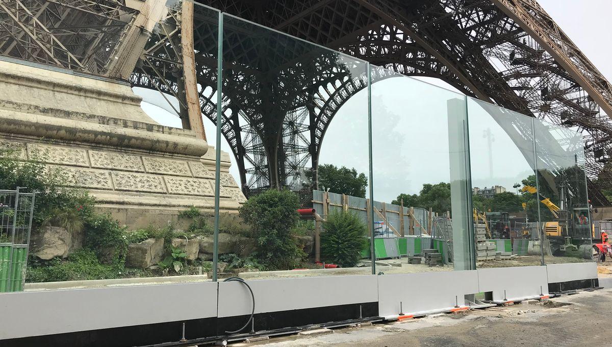 Jardins Et Clotures D Armor la tour eiffel bientôt protégée par deux murs de verre et