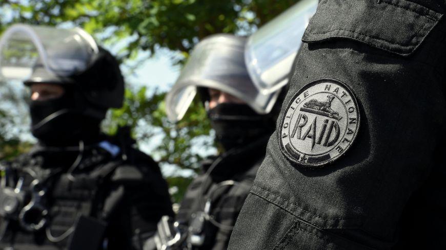 """Un attentat visant """"un club libertin"""" a été déjoué avec l'interpellation en mai à Châteauroux (Indre) d'un homme """"converti et radicalisé""""."""