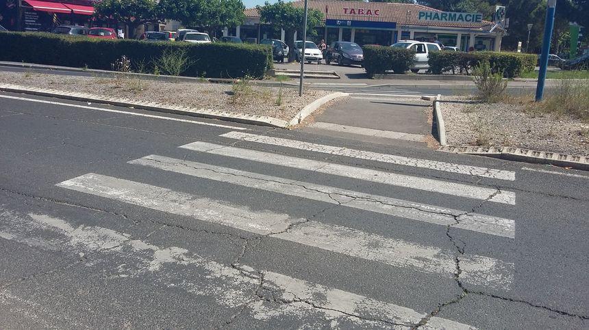 La traversée du rond point Paul Fajon, à Montpellier sécurisée pour les handicapés  - Radio France