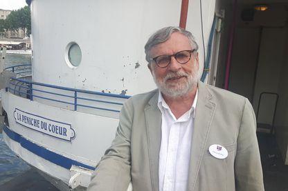 Patrice Blanc, président des Restaurants du Coeur sur la péniche