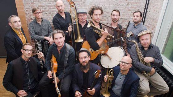 Amsterdam Klezmer Band & Söndörgö