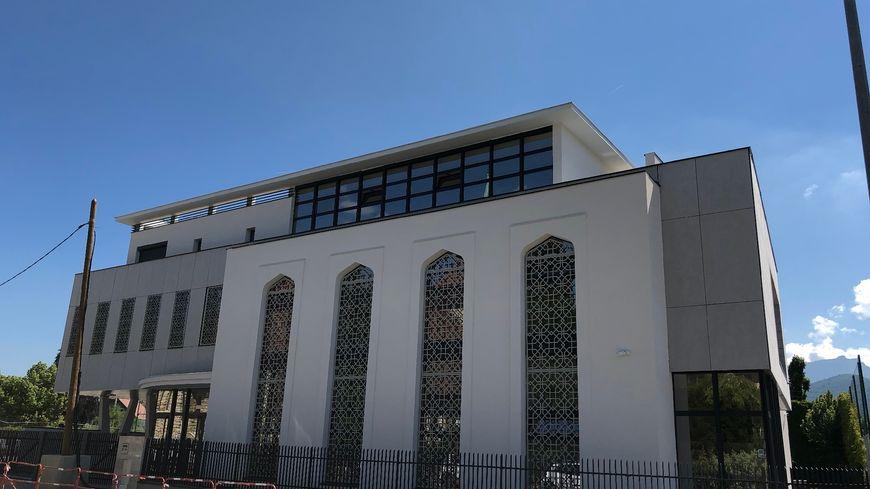 Après l'incendie criminel qui avait détruit la première mosquée d'Annecy en 2004, la nouvelle mosquée sera inauguré ce mardi (26 juin 2018).
