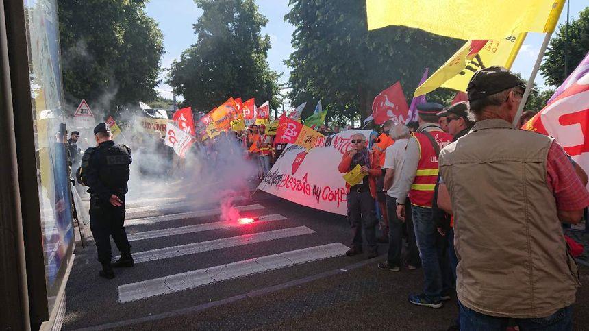 Les manifestants présents rue Jacques Cartier.