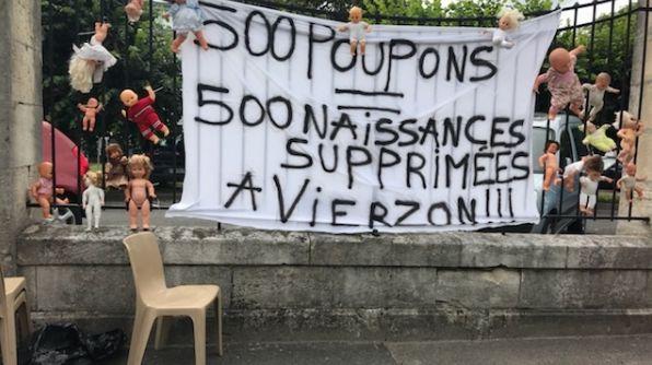 Les photos de cette action très symbolique sont à voir sur le blog vierzonitude.fr
