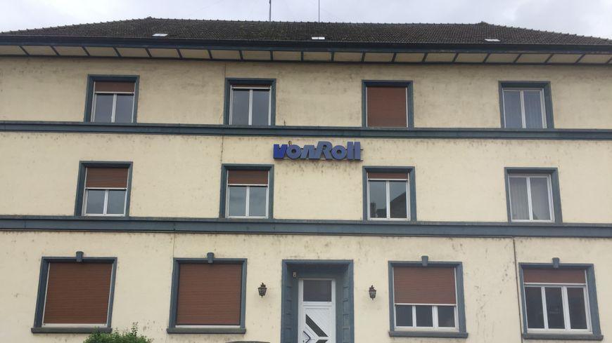 L'usine Von Roll existe depuis 1920 et a employé jusqu'à 930 salariés dans les années 70