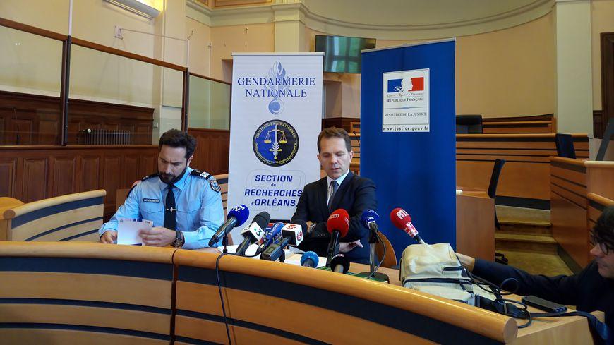 Conférence de presse au Tribunal de Blois