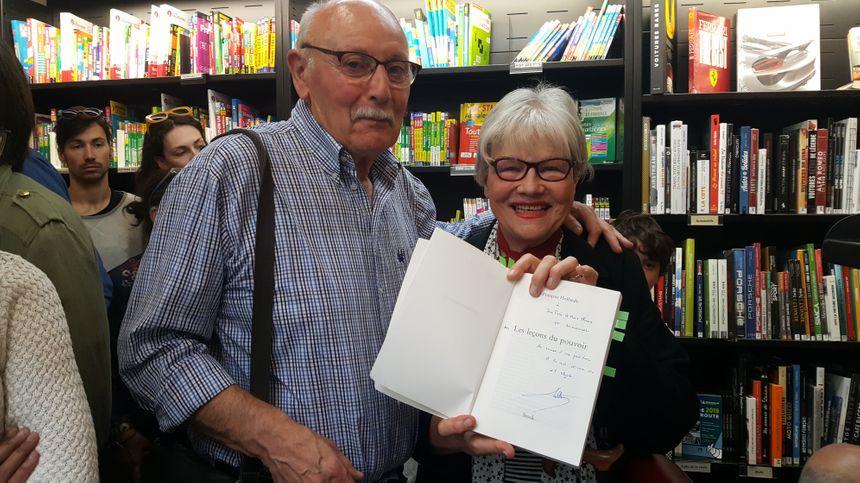 Jean-Pierre et Marie-Thérèse, un couple de lecteur qui adore François Hollande pour ses idées.