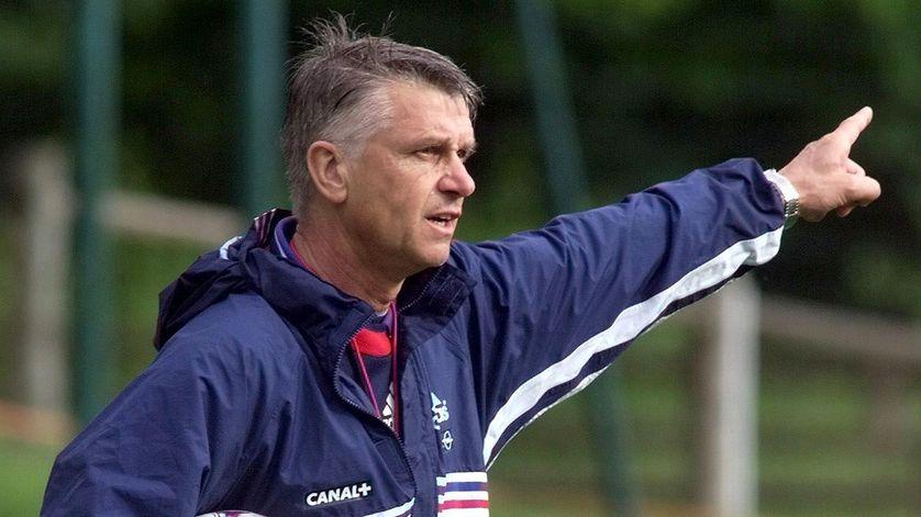 Aimé Jacquet lors d'un entraînement de l'équipe de France à Clairefontaine le 14 juin 1998.