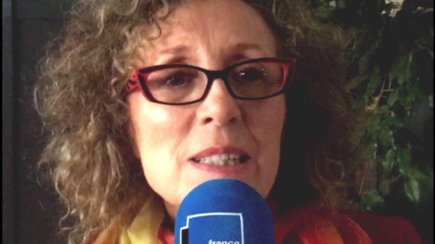 Mireille Dumas.