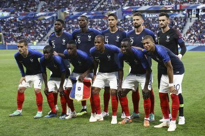 Les bleus face au USA lors du match amical avant le lancement de la coupe du monde