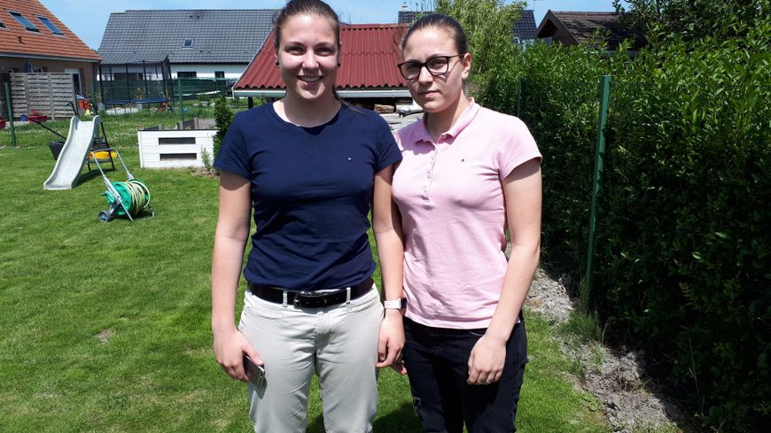 Les jumelles Emma et Léa Ansel passent un bac S, à Calais, l'une en spécialité SVT, l'autre en physique. Objectif :  la mention.