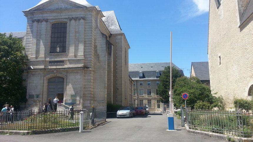 Le palais de justice de Bourges