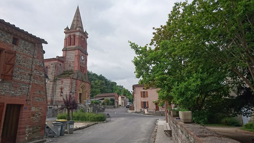 Une vue du village de Marquefave (Haute-Garonne)