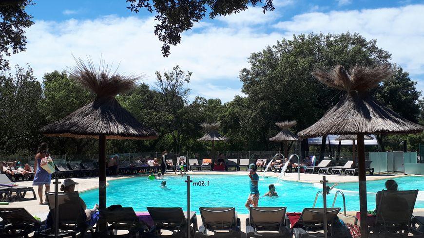 Les piscines du camping de Massereau sont chauffées et couvertes.