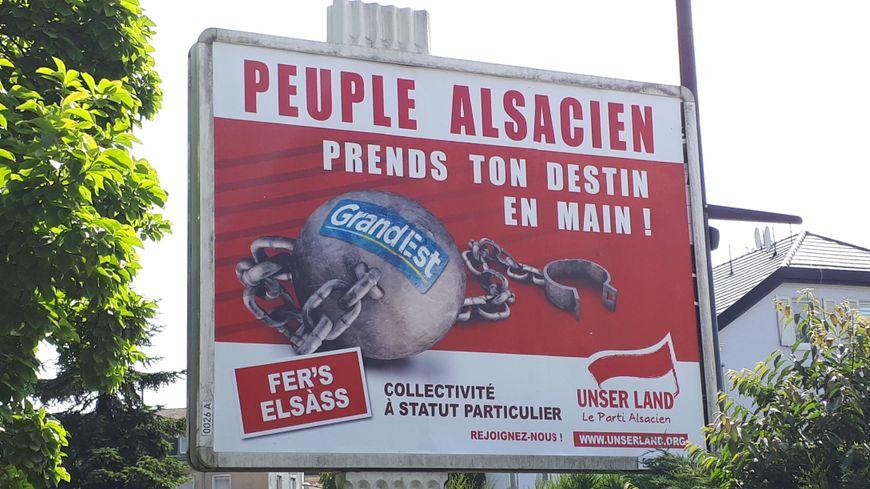 L'affiche du parti autonomiste Unser Land