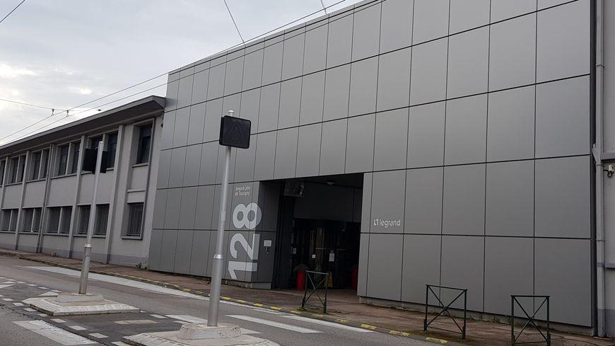 Le siège de chez Legrand est situé 128 avenue du Maréchal-de-Lattre-de-Tassigny à Limoges
