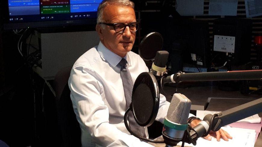 Pascal Martin, président de Seine-Maritime, dans les studios de France Bleu Normandie jeudi matin.