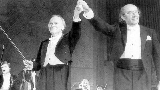 Le violoniste Yehudi Menuhin et le Chef d'Orchestre Guennadi Rojdestvenski
