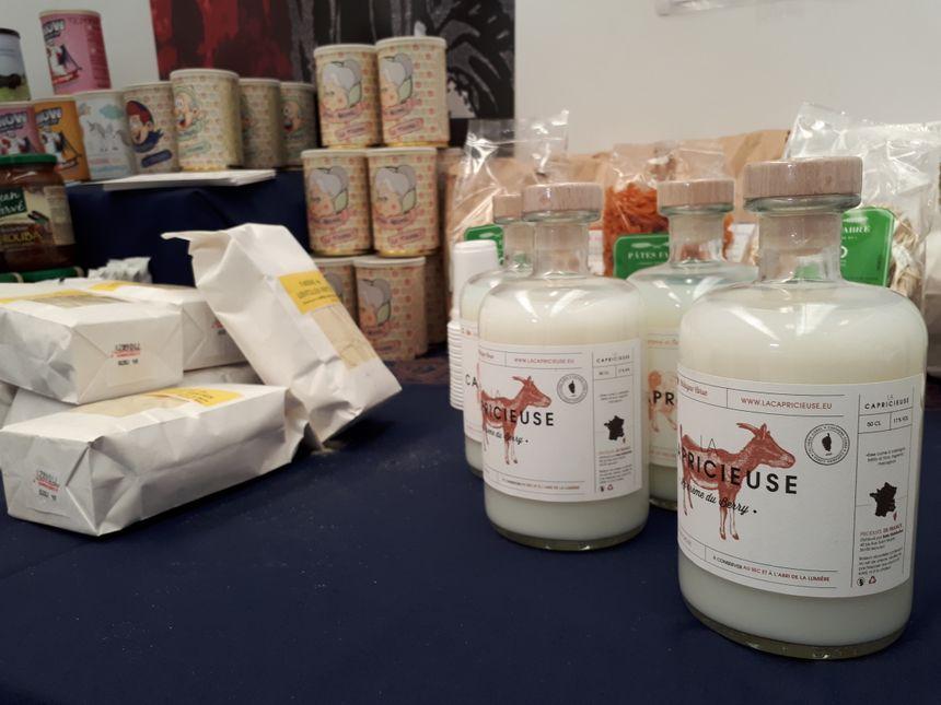 La Capricieuse, liqueur au lait de chèvre, fabriquée en Berry