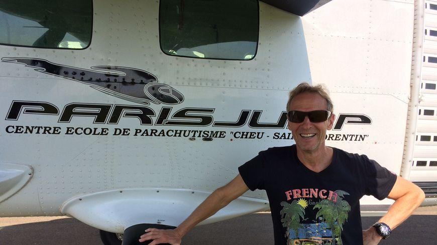 """Paul Grisoni, patron du club """"Paris Jump"""" à Chéu"""