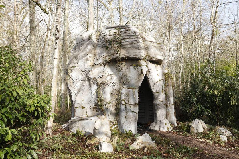 """""""Folie"""", au Domaine de Chaumont-sur-Loire. La grotte."""