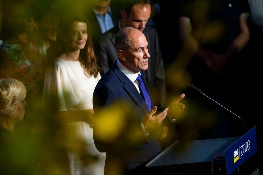 Le président du Parti démocrate slovène, Janez Jansa, vainqueur des élections législatives