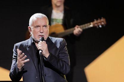 Le chanteur et compositeur Bernard Lavilliers sur scène pendant la 33ème édition des Victoires de la Musique, le 9 février 2018.