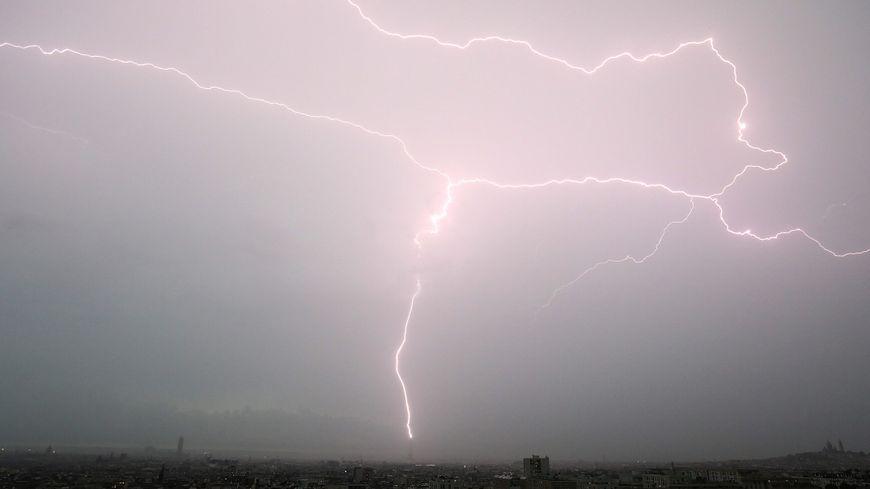 Les départements des Pyrénées-Atlantiques et des Hautes-Pyrénées ont été placés en vigilance orange aux orages.