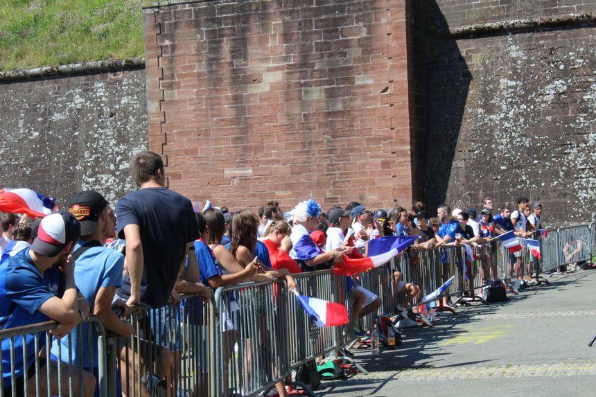 Il faisait près de 35° ce samedi, à Belfort, pendant le 8e de finale de l'équipe de France