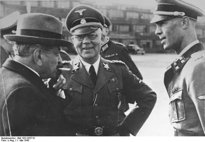 De gauche à droite, Pierre Laval, Carl Oberg et Herbert Hagen le 1er mai 1943 à Paris