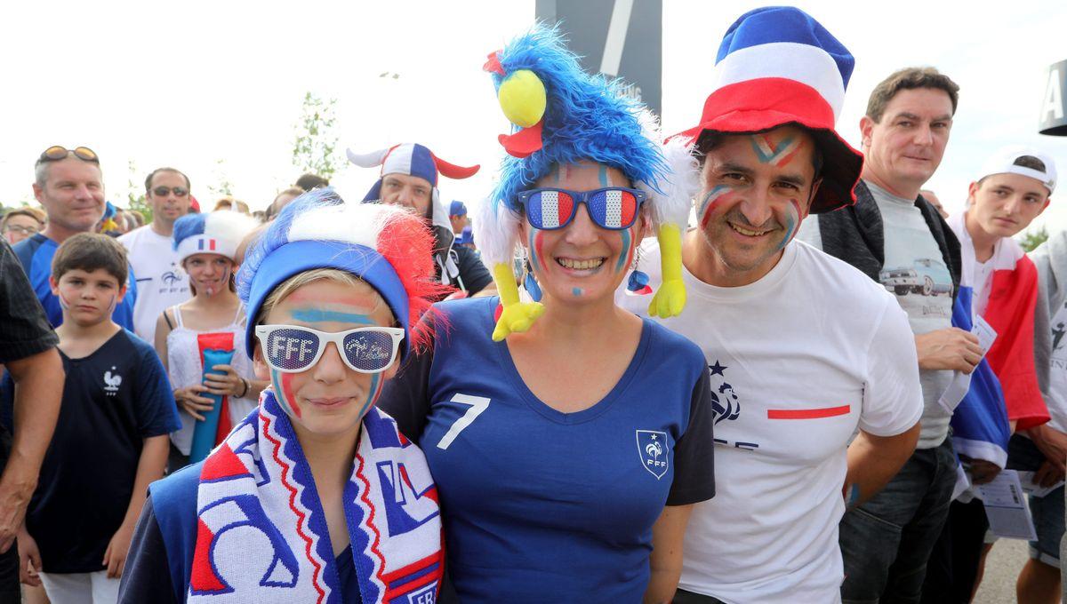 Lunnettes France drapeau bleu blanc rouge tricolore foot coupe supporter equipe