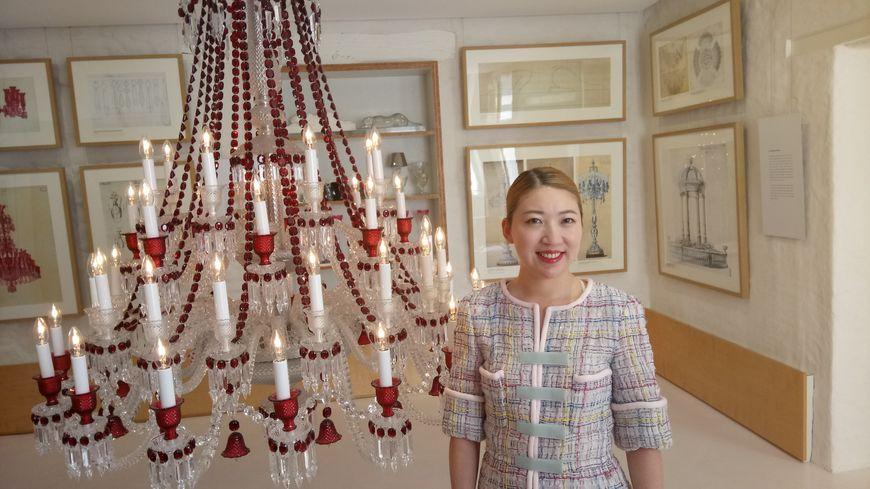 Coco Chu, la riche héritière passionnée par le patrimoine européen, était venue en Meurthe-et-Moselle, en juillet 2017, confirmer ses promesses d'investissement pour la cristallerie de Baccarat.