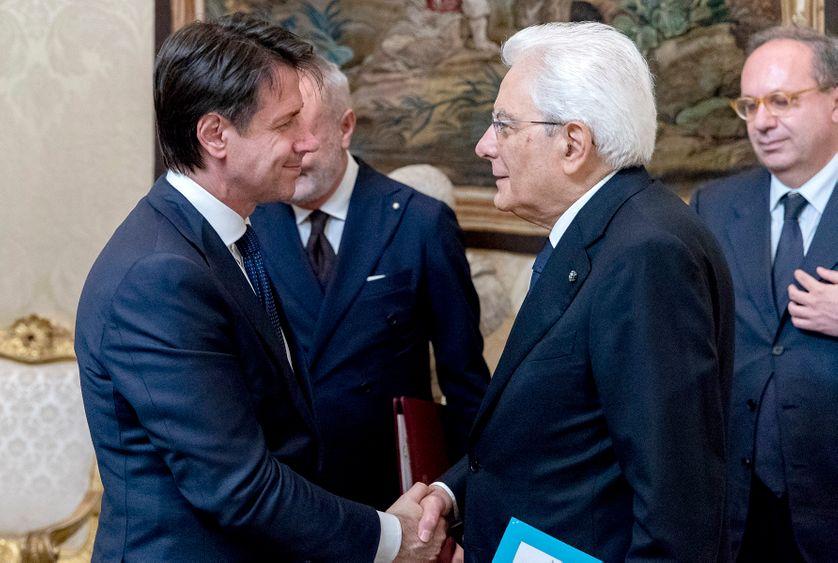 Le nouveau Premier ministre italien Giuseppe Conte et le président Sergio Mattarella