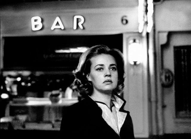 Un orage sur Paris, Jeanne Moreau qui erre dans la nuit à la recherche de son homme... et la trompette de Miles Davis qui se glisse dans les bruits de la ville. Ascenseur pour l'Échafaud.