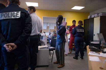 Poste de police de la zone d'attente de l'aéroport Roissy Charles de Gaulle