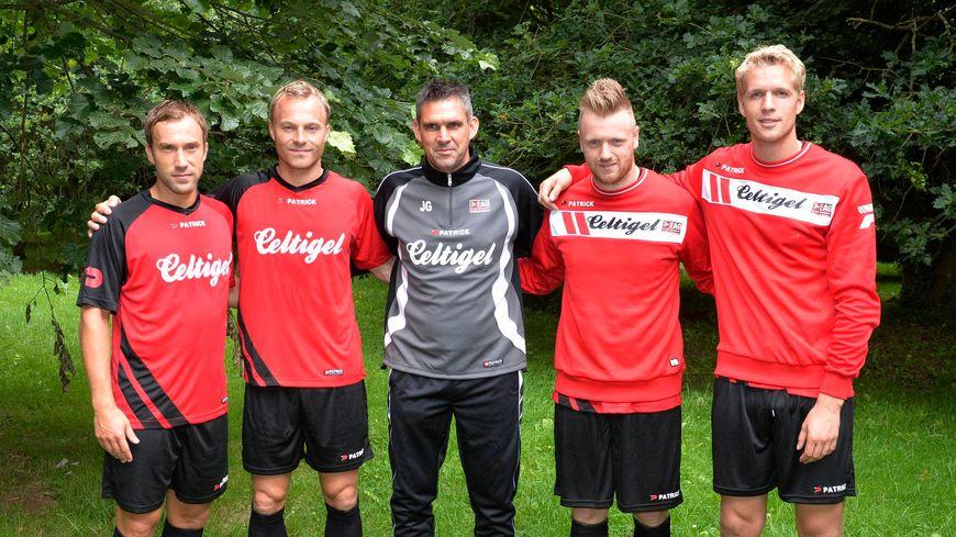 En 2014, Jocelyn Gourvennec avait accueilli Lars Jacobsen (deuxième en partant de la gauche), Ronnie Schwartz et Jönas Lössl (à droite)