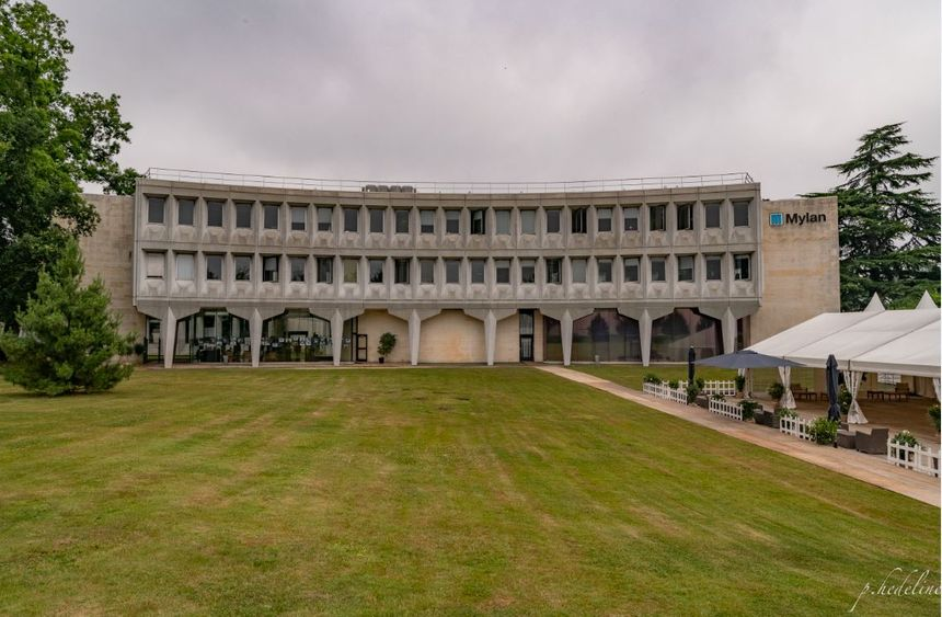 Le site de Mylan, à Mérignac, dessiné par Marcel Breuer, l'architecte du siège de l'Unesco, à Paris