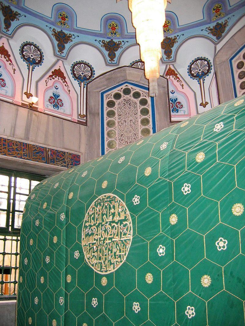 Tombe d'Abraham située selon la tradition sous son cénotaphe dans le tombeau des Patriarches, appelé aussi mosquée Al-Ibrahim par les musulmans.
