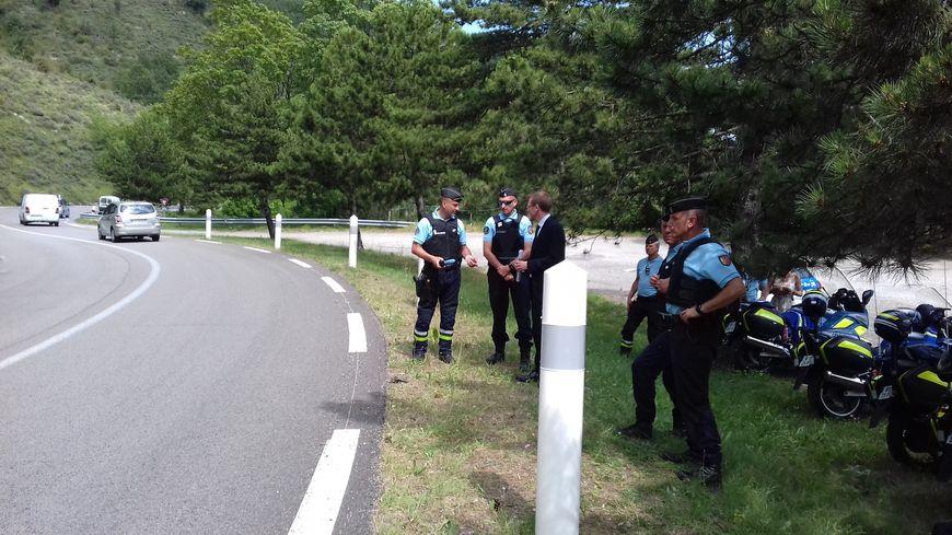 Une opération d'information des gendarmes dans la route du col de l'Escrinet ce vendredi