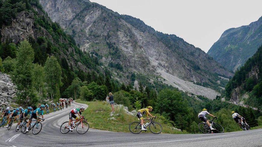 Quatre ascensions dont deux classées hors-catégorie sont au programme de la 11e étape du Tour de France entre Albertville et La Rosière