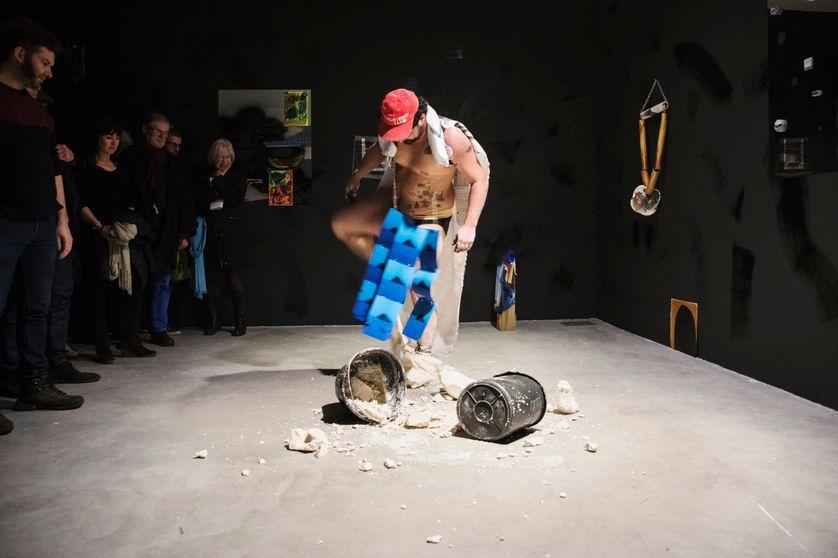 """Yoan Sorin, """"Vulgalys ou le sens de l'envers"""", performance 2017, Frac Pays de la Loire"""