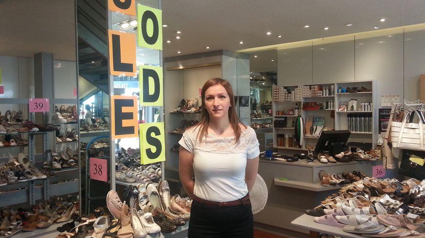 f70cdcb7e2de16 Soldes d'été à Colmar : les vendeuses prêtes à accueillir les ...
