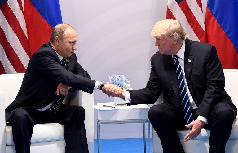 Vladimir Poutine et Donald Trump durant le sommet du G20 à Hambourg le 7 juillet 2017