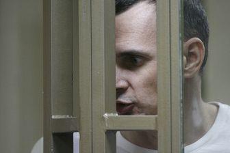 Oleg Sentsov réagit lors du verdict de son procès qui s'est tenu à Rostov-sur-le-Don en juillet 2015