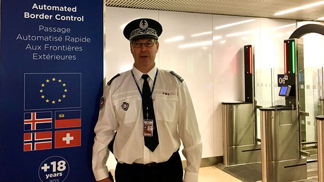Le commissaire divisionnaire Serge Galloni, directeur de la police aux frontières de l'aéroport d'Orly