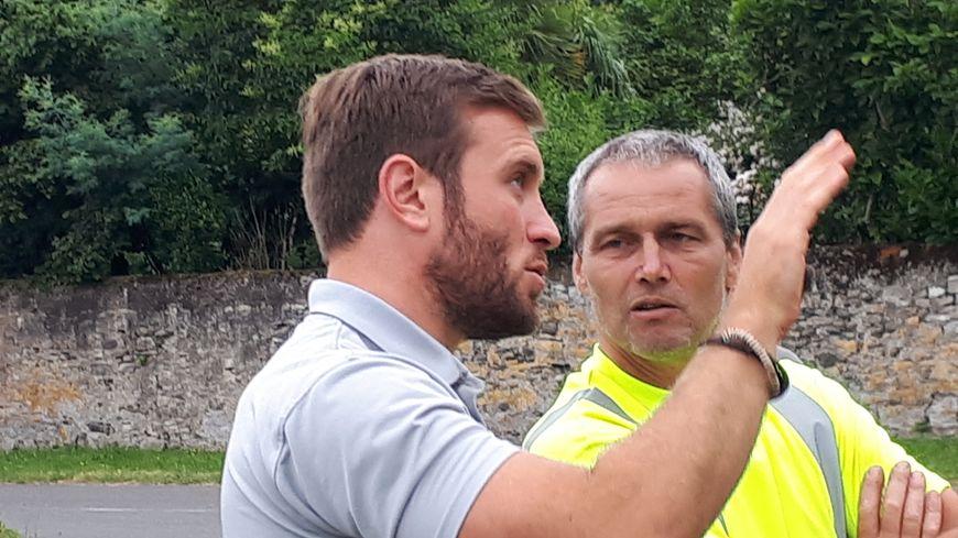 Mathieu Moulis en action avec les services techniques de Port de Lanne