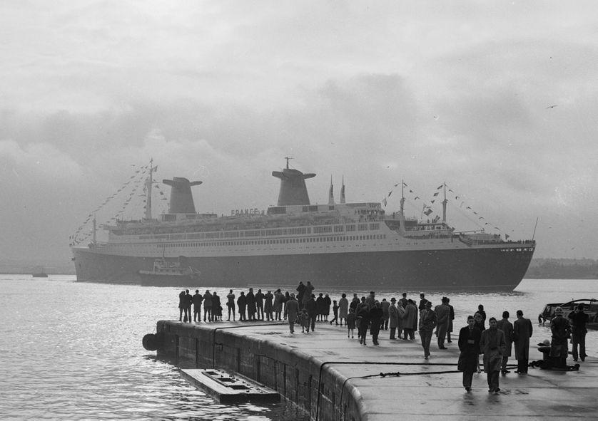 Le paquebot France à Southampton le 6 janvier 1962