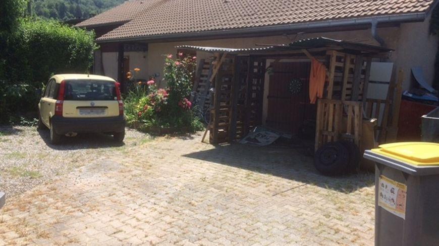 Le drame s'est déroulé dans ce jardin et cette maison de la rue Berthet.