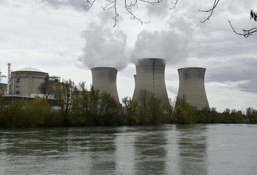 """La centrale nucléaire de Bugey, près de Lyon, où l'association Greenpeace a fait s'écraser, mardi, un drone et un avion miniature pour attirer l'attention sur la """"vulnérabilité"""" de certains sites"""