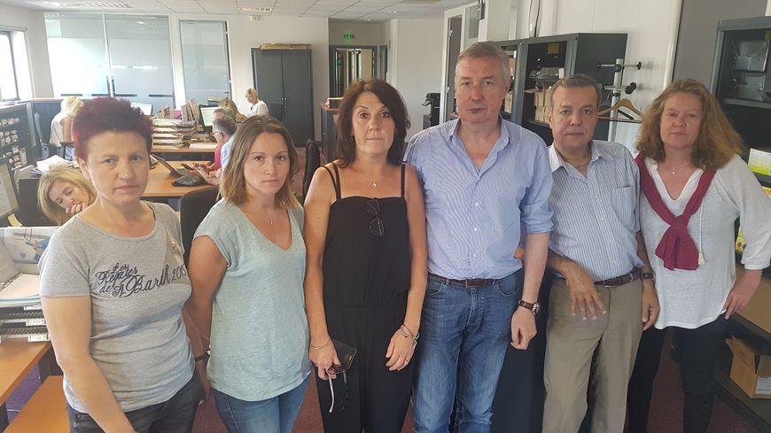 Salariés et représentants du personnel au siège social du leader français des arts de la table